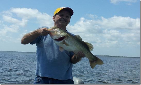 Lake toho the orlando florida bass fishing orlando bass for Lake toho fishing guides